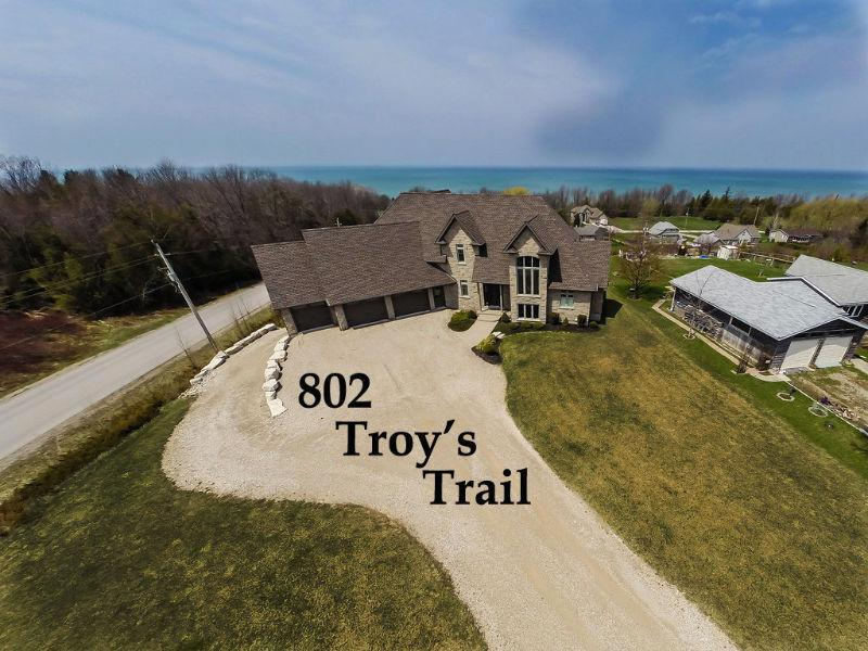STUNNING ESTATE HOME -BED & BREAKFAST POTENTIAL