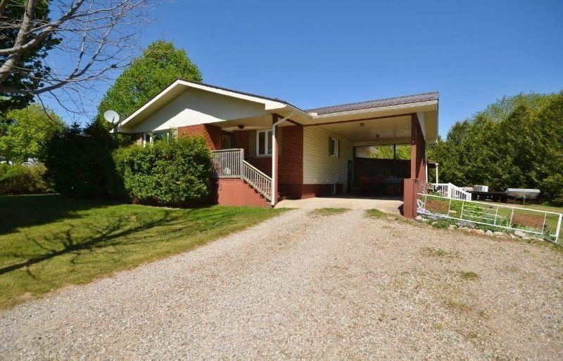 Country Property with Granny Flat or Rental Potential!